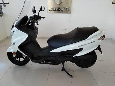 Suzuki Motos BURGMAN 200  UH 200A MO